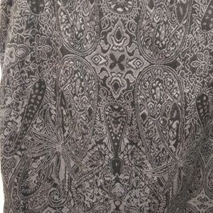 Dressbarn Skirts - Grey/Black Paisley Straight-line Skirt - Size 10
